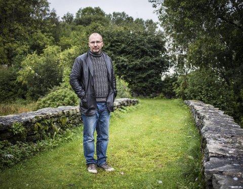 SEIER NEI: Tom Sverre Tomren prioriterer den akademiske karriera føre stillinga som prost i Nordhordland.