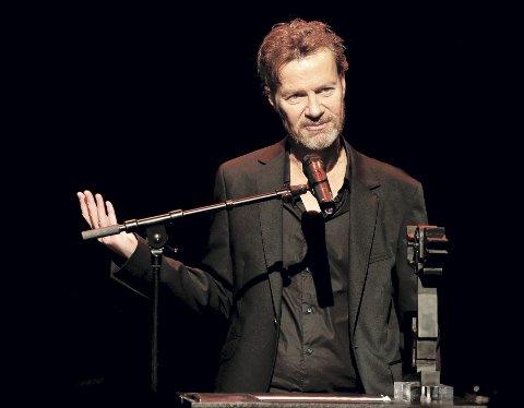 Steffen Kverneland kommer til Bergen for å snakke om fjorårets utgivelse «Vampyr». Her er han på Dansens Hus i Oslo i 2013 etter å ha mottatt Brageprisen for «Munch».