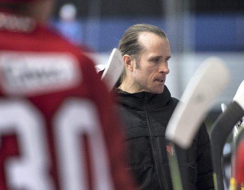 Dersom spillerne sier ja til modellen Bergen Ishockeyklubb ønsker å gi dem, er Pål Erik Glomsaas ferdig som trener i Bergenshallen.