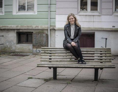 Kristin Minde fra Frekhaug er klar med sitt tredje album, på norsk. Hun valgte å flytte seg bort fra engelsk og fokusere på sitt eget språk da hun arbeidet med det siste albumet «Hjerteslag».FOTO: KAI FLATEKVÅL