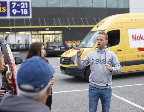 Aksjonist: Svend Gunnar Lindhjem har gjort seg bemerket gjennom flere aksjoner som har forsinket trafikken nord i Åsane. Foto: Emil W. Breistein