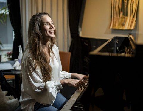 Rebekka Bakken er andre artist ut i Alt Blir Bra-konsertrekken, som i tillegg til på Café Opera                              arrangeres i Haugesund, Stavanger, Florø og i Øystese. Siste konsert finner sted 19. desember.