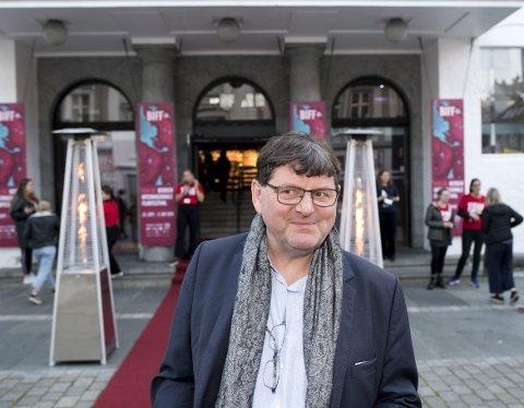 BIFF-sjef Tor Fosse, her utenfor den røde løperen før åpningen av filmfestivalen i fjor. Nå ruller festivalen ut en digital strømmetjeneste.