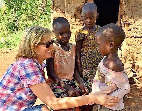 FIKK PRIS: Line Viken Borgersen ble tildelt Amnestys lokale fredspris i 2019 for sitt Tumaini-prosjekt i Kenya.