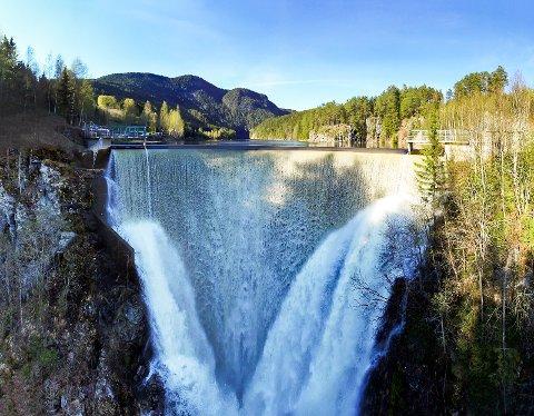 LITE: Vannmagasinene er langt under normalt fyllingsnivå. Det gjelder også Vinkelfallene i Ringebu.