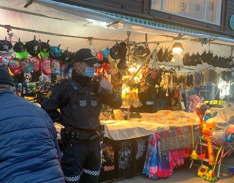RYKKET UT: Politiet rykket ut etter meldinger om ungdomsgjenger med utagerende oppførsel i Gran fredag kveld.