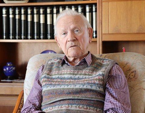 HJEMME: Edvard Nesheim bor fortsatt i eneboligen på Porshaug i Haugesund. I juni fyller han 95 år.