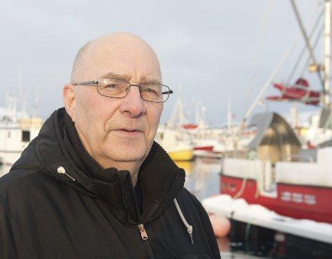 TA FAGBREV: Dagfinn Johansen (63) oppfordrer alle, uansett alder, til å ta fagbrev. Da får man både bevis på at man kan yrket, og høyere lønn.Begge foto: Inge Wahl