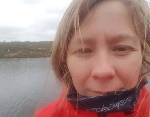 ENESTE SØKER TIL FAST STILLING: Solveig Terese Halonen (39) fungerer allerede som brannsjef og virksomhetsleder for anleggsdrift i kommunen.
