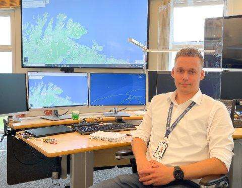 SPENNENDE: Alexander Pedersen føler seg svært heldig som fikk jobb ved analyseenheten til Fiskeridirektoratet og Kysverket. Han forteller om en svært spennende og lærerik jobb.