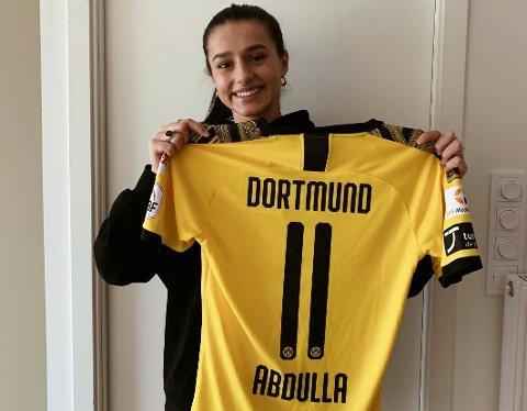 Tina Abdulla signerte nyleg for Borussia Dortmund. Denne veka har ho vore med på samling med rekrutt-landslaget. (Foto: Privat).