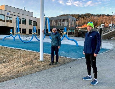 Jørn Breili (t.v) og Leif Røe ved målgang på årets virtuelle Kringsjåløp