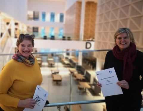 SER MULIGHETER: Rektor Hanne Solheim Hansen og Steinkjer-ordfører Anne Berit Lein ser muligheter når Nord universitet forsterker satsinga på bioøkonomi.