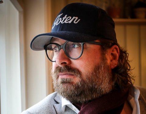 Ken André Ottesen er mannen bak den populære instagramkontoen, BAdesKen. Navnet kommer fra den tida han jobbet som journalist i Bergensavisen (BA).