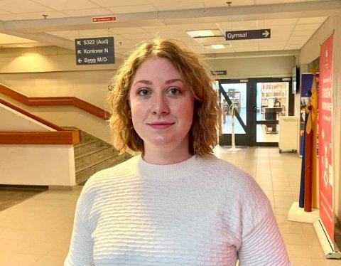 KORONA HVERDAGEN: Kjersti (26) fra Sandefjord syntes studenthverdagen på Notodden har vært tøff under pandemien. Hun har følt på en ny type ensomhet