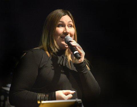 Marianne Pentha, profesjonell sangartist.