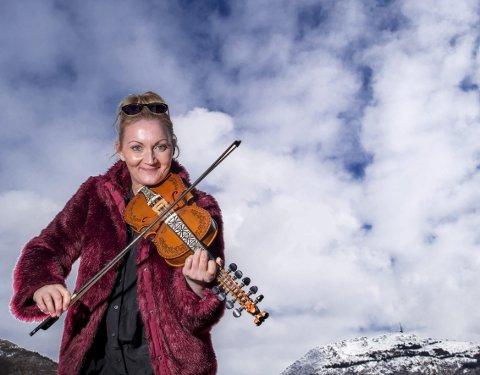 Sigrid Moldestad er på Voss i helgen for å spille på Vossa Jazz. Sammen med blant andre Sigbjørn Apeland, plateaktuelle Jørgen Sandvik og Kåre Opheim, stiller hun med egne låter fra sitt siste album.