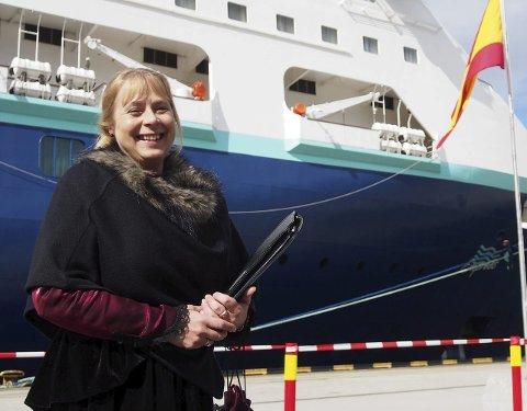 I 2020 øker Cruise Narvik fra 22 til 29 anløp. – Det er en fin økning. Ikke for rask, men gradvis, slik at vi kan vokse sammen med turistregionen, sier Parker. Cruisekoordinator Grethe Parker i Narvik.