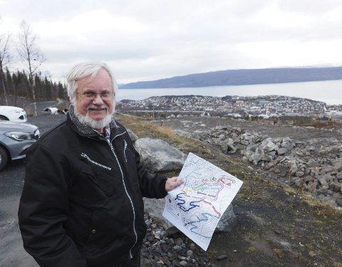 Vil ha forslag: Olaf Schaug-Pettersen vil ha forslag til navn på rundt ti ny e veier som skal etableres i tilknytning til de nye bolig- og hyttefeltene i Fagernesfjellet.Foto: Terje Næsje