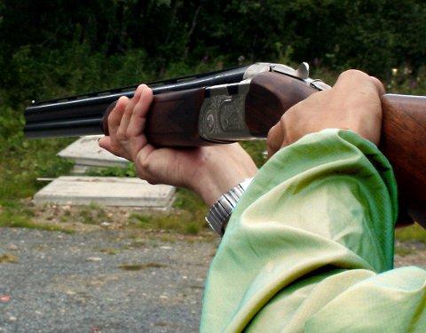 """PANG! Med et våpen av denne typen """"avrettet"""" mannen bilen.   Illustrasjonsfoto"""