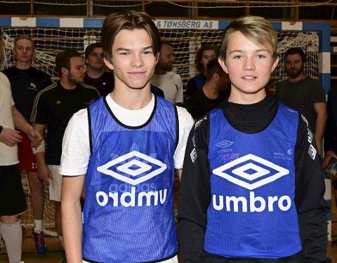 Brødrepar:  Patrick og Martin Gamst er ikke mer enn 13 og 14 år, men  synes det er inspirerende å få trene med herrelaget til nye NOR HK. Alle foto: Kjell G Karlsen