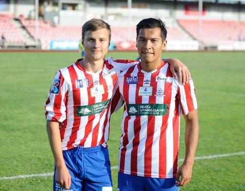 DEBUTANTER: Uranik Seferi (15) og Aleksander Nadolski (19) fikk begge to sine debuter for Kvik Halden søndag.