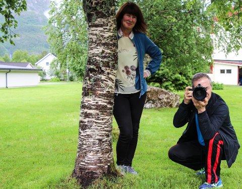 Inger Lise Valstad og Nuno Farbu Pinto har startet eget firma der de satser på fotografering