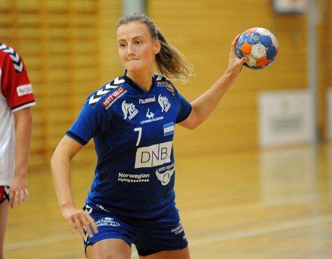 FIKK BESTEMANNSPRISEN: Hanne Aasgaard ble kåret til NIFs beste spiller med sine fem mål.