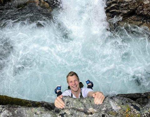 HENGER PÅ: Odd Inge Sørensen har et godt grep på førsteplassen i turkonkurransen.