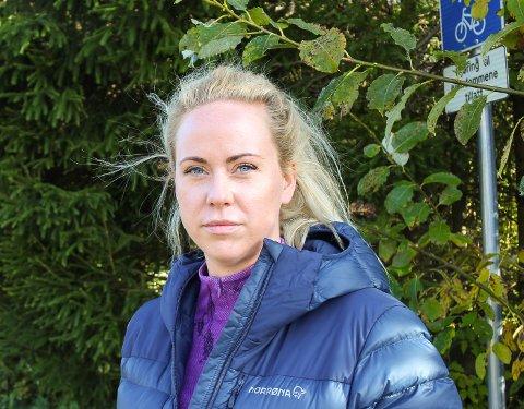 HAR TATT TID: Først ba kommunen om innspill fra velforeningen, så ble det stille. Cathrine Mortvedt, leder for Kjøpmansskjær velforening, har ventet på svar siden oktober 2017.