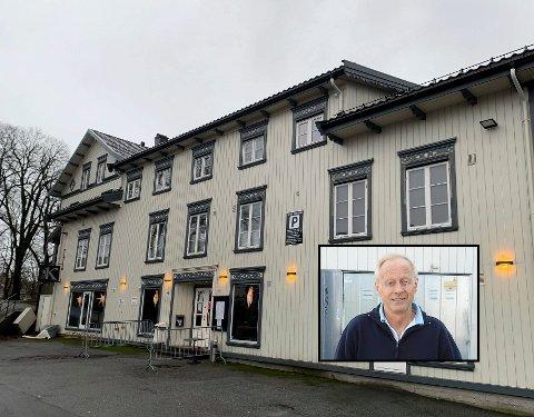 Gårdeier Harald Skogen har kjøpt 9 prosent av aksjene i nye Cafe K. Han forteller at han skal være med i startfasen for å hjelpe til med styrearbeid.