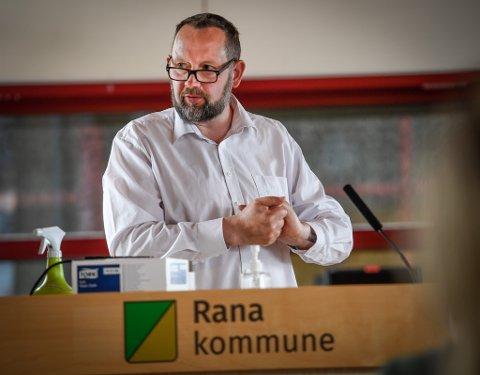 – Jeg synes det er betenkelig at lokale og regionale aktører kanskje aldri slapp helt fram til bordkanten i denne saken, sier Høyres Jarl Stian Johansson.