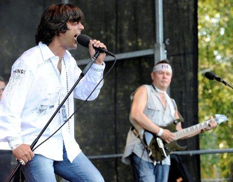 HÅPER PÅ FULLT HUS: Zeljko Korovic spiller i bandet Mirror Image. På lørdag står han på scenen på Draaben.