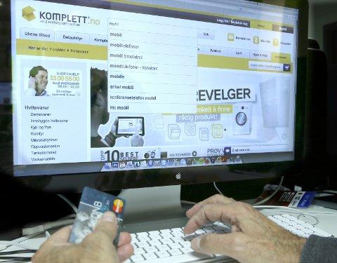 Komplett ble igjen største norske netthandelaktør. - Det har vi vært siden vi startet med netthandel for 20 år siden, sier kommunikasjonsdirektør Ingebjørg Tollnes.