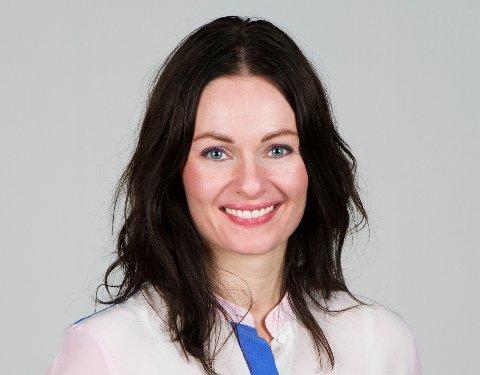 VELDIG TILFREDS: - Vil vil strekke oss langt for å tilfredsstille NSBs krav og forventninger, sier salgssjef Kamilla Krane i Komplett Bedrift.