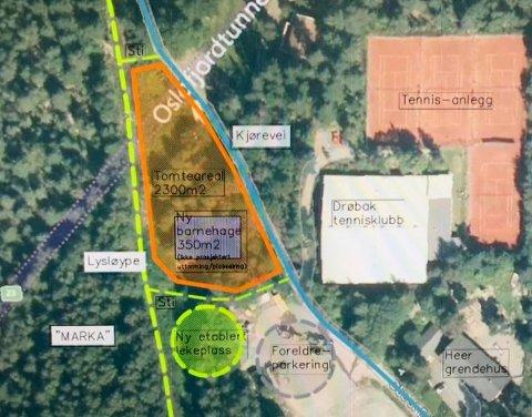 TOMT KLAR: Det orange skraverte feltet viser hvor den planlagte barnehagen er tenkt bygget. Illustrasjon: Østre Linje arkitektur og landskap