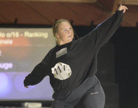 Inger Elise Bauge konkurrerer i                         hiphop showdance. I NM viste hun hvordan hiphop-stilene har utviklet seg fra 1980-tallet og frem til i dag. Tidligere i år har hun konkurrert både i EM og VM.