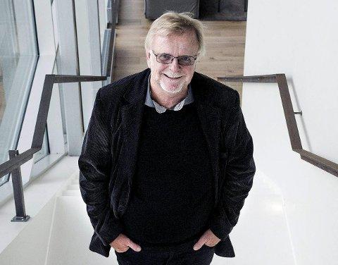 Bidrar: Klaus Hagerup, her fotografert på Litteraturhuset, gleder seg til kulturfesten på takterrassen den 17. juni. Han blir både gjest og bidragsyter.Arkivfoto: erik hagen