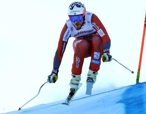 Kjetil Jansrud endte på andreplass, bak Aksel Lund Svindal i Super-G rennet i Kitzbühel fredag.