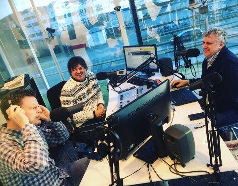 STÅR OPP: Eivind Kallevik (f.v.), Thor Magnar Thorsen og Helge Bertelsen i «Din Morgen» på Radio 2012. Her et arkivbilde fra 2017.
