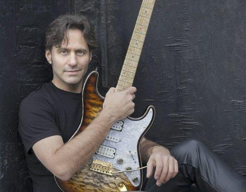Legende: Dave Fields er innlemmet i New Yorks Blues Hall of Fame, I sommer spiller han i Mosjøen.