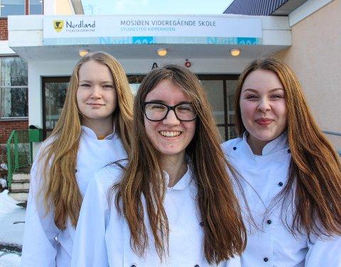 DRØMMEPRAKSIS: Julie Lillebjerka (t.v.), Anne Aalbotsjord og Camilla Johansen reiser mandag på drømmepraksis til Danmark.