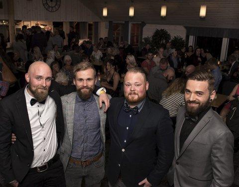Smartingar: Morten Weberg, Martin Haga, Thorleif José Santiago og Momchil Burmov på lanseringsfesten som samla rundt 120 interesserte på Gry Helges.