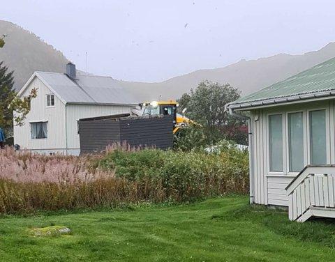 Fra forrige storm da gapahuken i Tommeliten barnehage havnet utenfor gjerdet.