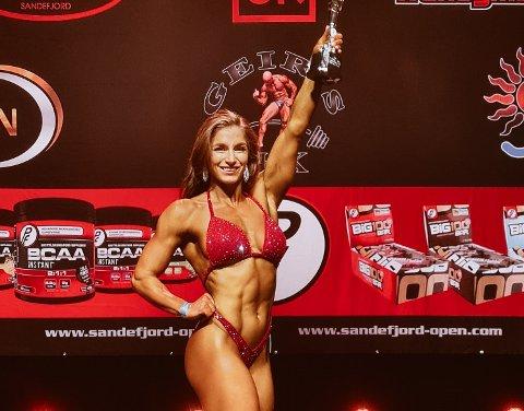 Elise Dahl-Hansen (29) tok andreplass i body fitness i Sandefjord Open.Nå skal hun delta i NM.