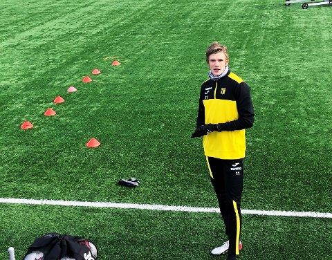 Nicolai Fosso Fremstad får trene på Nammo stadion, men kun alene.