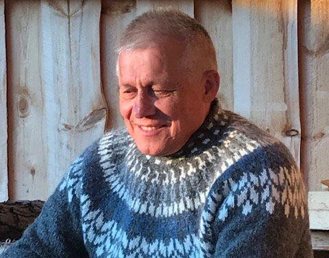 TAKKER HJELPERE: Arnt Nilsen fra Kapp var utsatt for motorsykkelulykke. Nå takker han de som hjalp til.