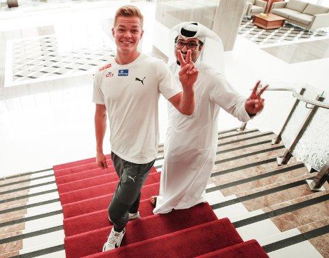 PÅ PLASS I DOHA: Sondre Guttormsen under pressetreffet i Doha, Qatar i forbindelse med VM i Doha 2019.