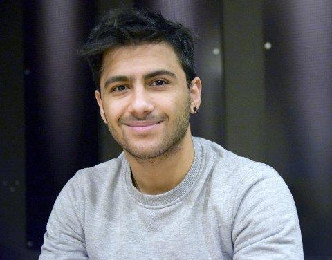 NYTT LIV: - Jeg har fått et helt nytt liv i Norge og er veldig takknemlig for det, sier Ali Eibo (19) fra Elverum. Han kom til Norge for fire år siden, men bodde tidligere i det krigsherjede Syria.