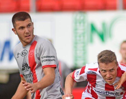 TIL HAM-KAM: Hasan Kurucay (t.v.) leverte en god sesong i Strømmen og nå fortsetter han karrieren på Hamar.